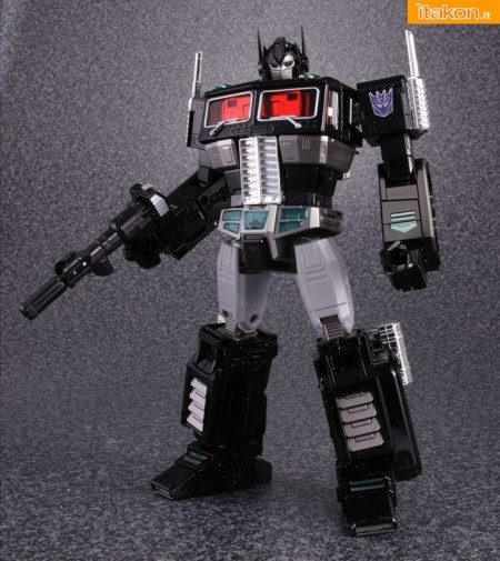 Masterpiece MP-10B Black Comboy da Takara Tomy - In Preordine