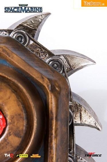 Warhammer 40000 : Chainsword Full Scale Replica da Project Triforce - In Preordine
