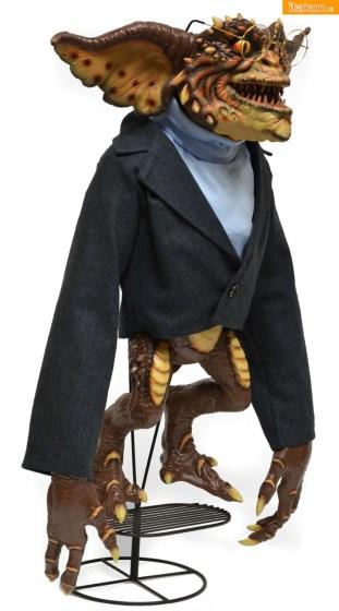 NECA-Brain-Gremlin-Puppet-Replica-3