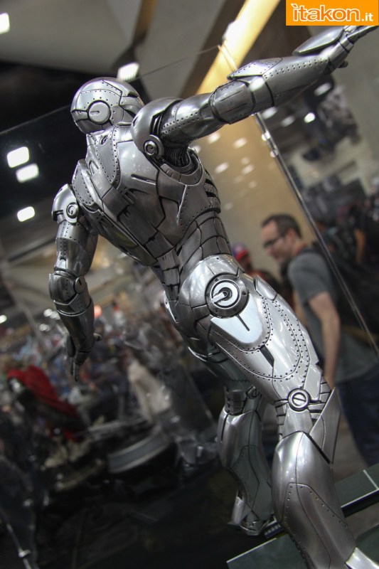 [Sideshow] Iron Man: Mark II - Quarter Scale Maquette - Página 2 Preview-Night-Sideshow36