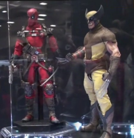deadpool-wolverine-sixth-scale-thumb