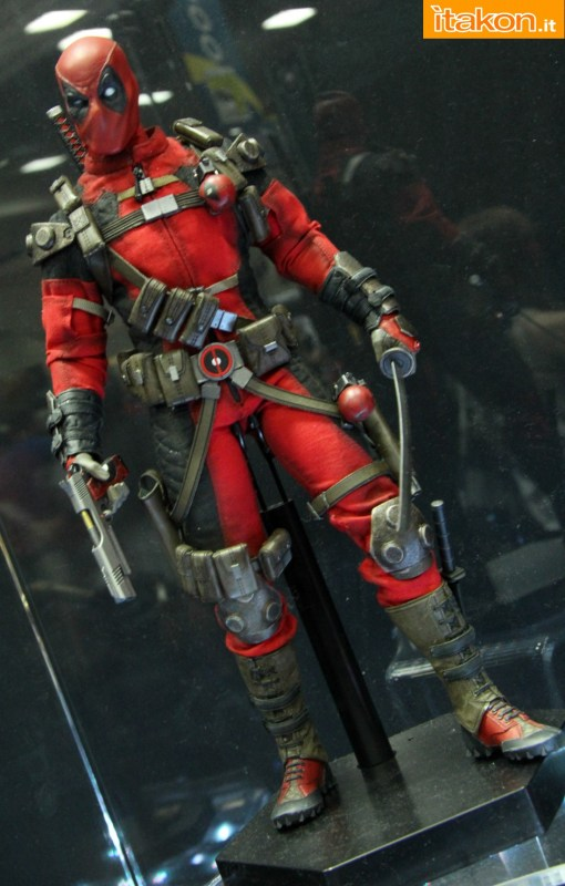 [Sideshow] Marvel Sixth Scale Collection - Deadpool - Página 2 Wolverine-e-Deadpool32