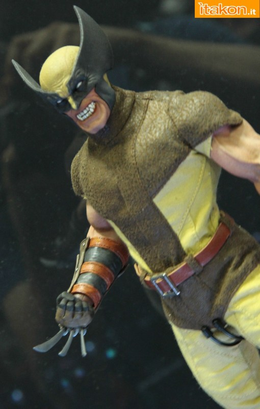 [Sideshow] Marvel Sixth Scale Collection - Wolverine - Página 2 Wolverine-e-Deadpool6