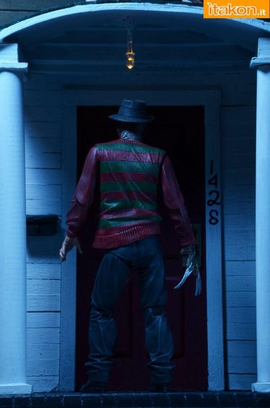 [NECA] A Nightmare On Elm Street: Freddy Krueger (30th Anniversary Ultimate ver.) NECA-Ultimate-Freddy-013