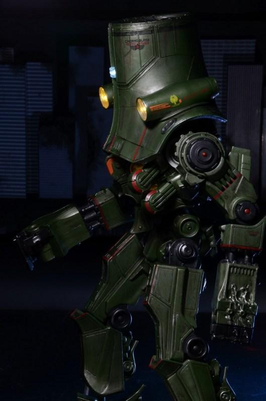 [NECA][Tópico Oficial] Pacific Rim: Jaegers Series 6 - Página 5 Pacific-Rim-18-Inch-Cherno-Alpha-009