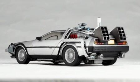 DeLorean - Back To The Future 2 - Revoltech Kaiyodo pics 20