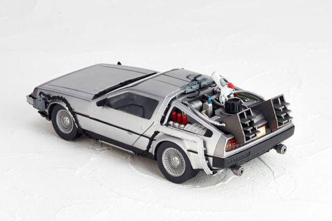 DeLorean Movie REVO - Back to the Future - Kaiyodo preorder 03