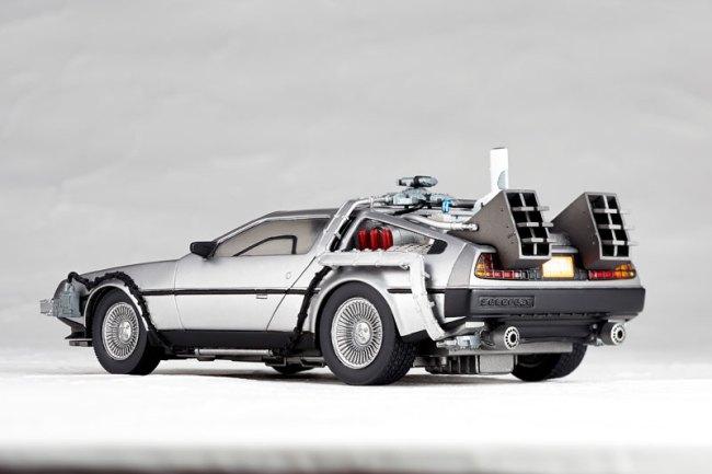 DeLorean Movie REVO - Back to the Future - Kaiyodo preorder 04