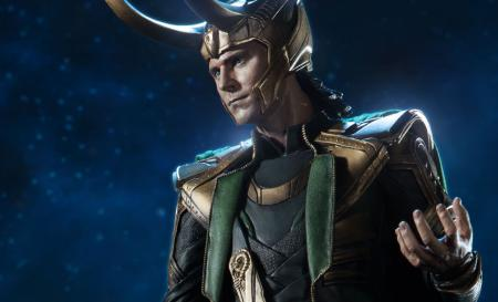 the-avengers-loki-premium-format-sideshow-feature-300355