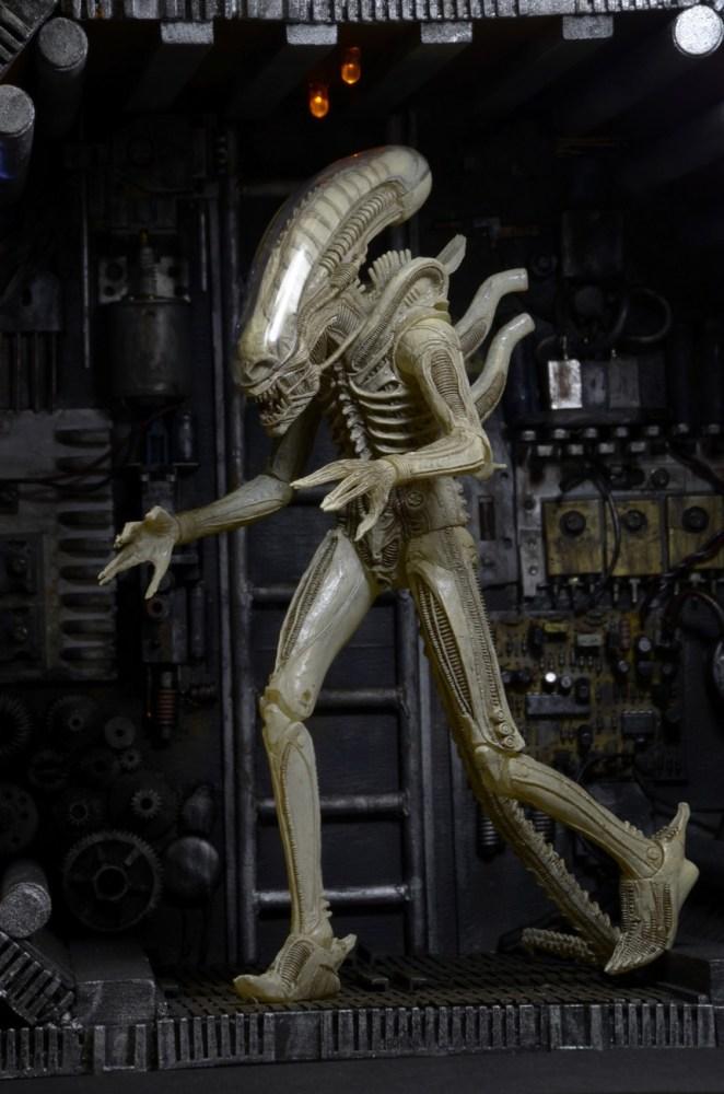 NECA-S7-Aliens-Official-007