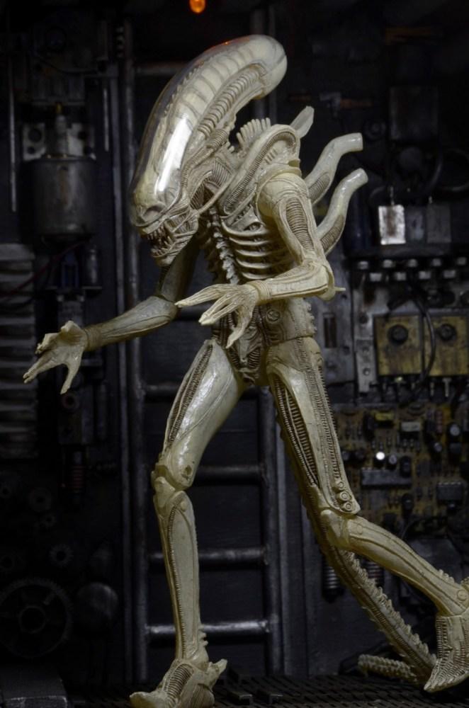 NECA-S7-Aliens-Official-008