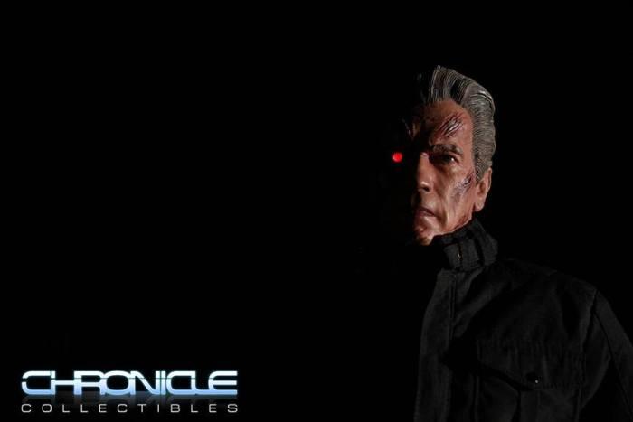 Terminator-Genisys-Guardian-T-800-Statue-010