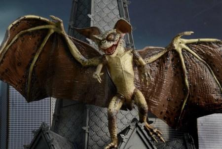 Bat-Gremlin-NECA-008