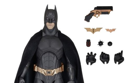 NECA-Batman-Begins-001