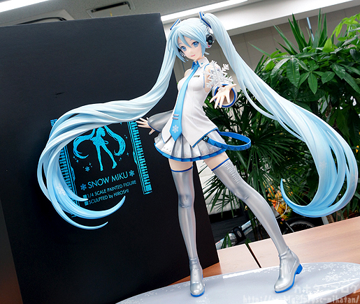Snow Miku - Vocaloid - FREEing pics 01