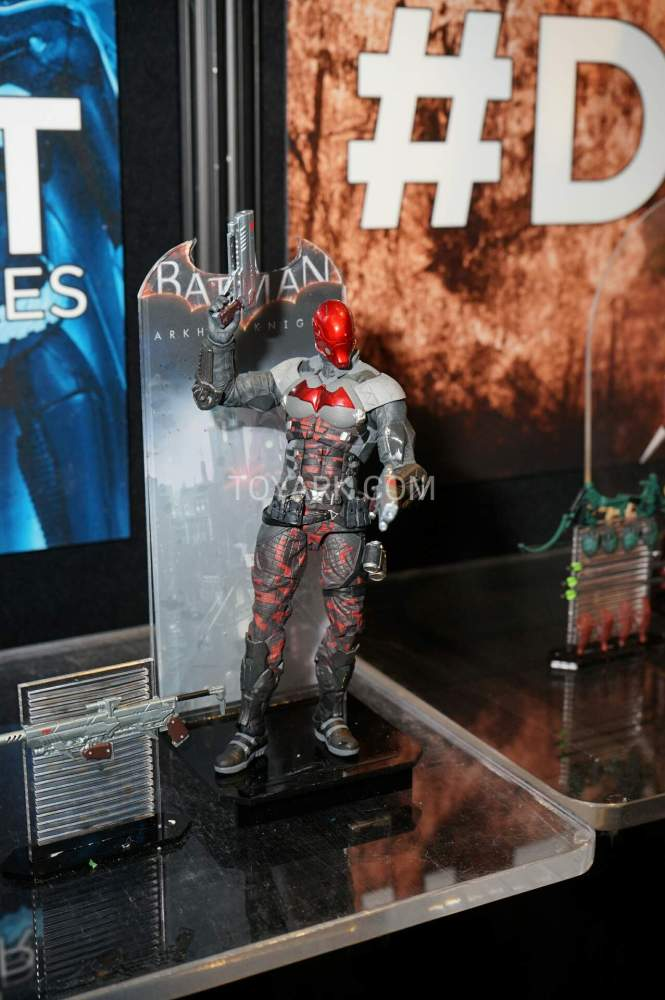 TF-2016-DC-Collectibles-Arkham-015