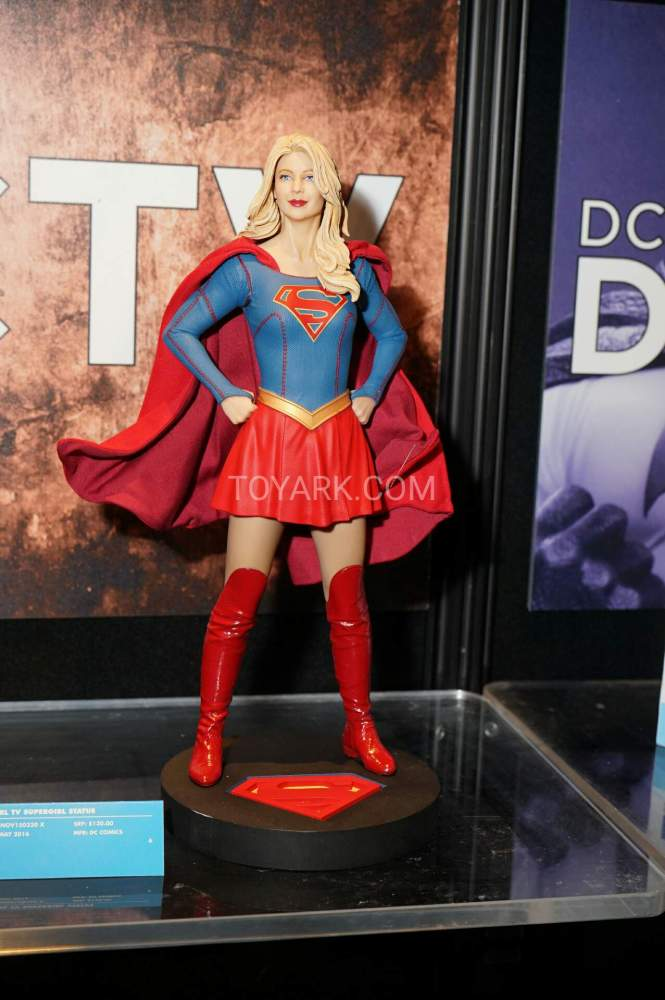 TF-2016-DC-Collectibles-Booth-016