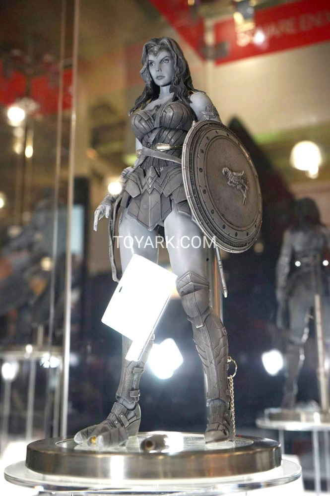 TF-2016-Play-Arts-Kai-DC-015