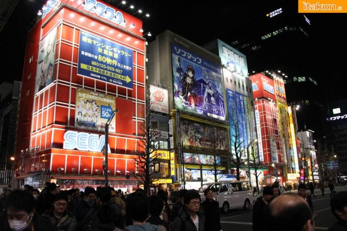 japan-tour-2016-akihabara-46