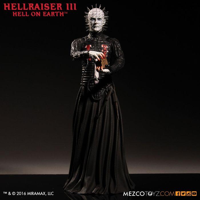 Mezco-Hellraisr-3-Pinhead-002