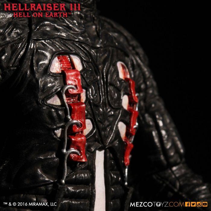 Mezco-Hellraisr-3-Pinhead-008