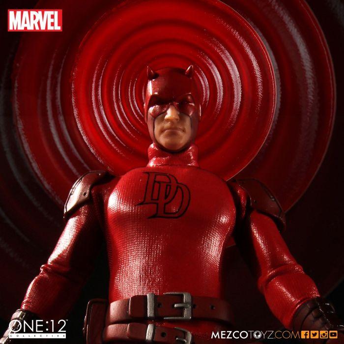 Mezco-One12-Collective-Daredevil-003