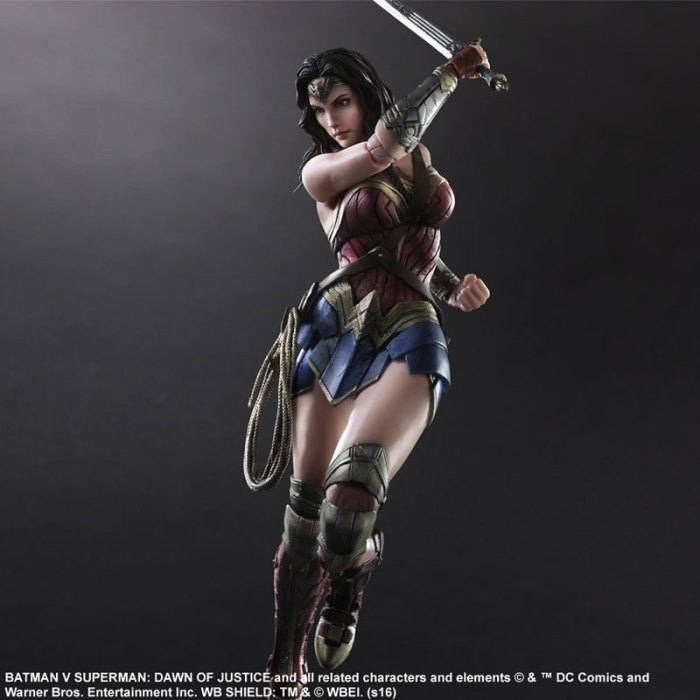 Wonder Woman Batman Vs Superman Square Enix pre 05