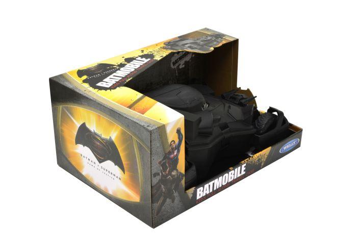 batmobileluggagecase3