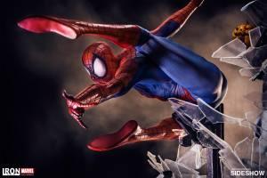 marvel-spider-man-polystone-statue-legacy-replica-iron-studio-902667-08