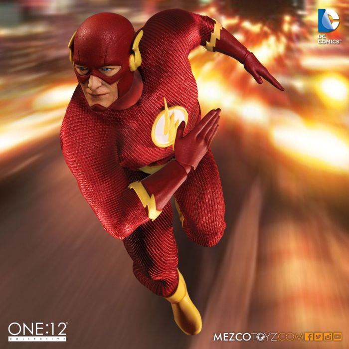 Mezco-One12-Flash-004
