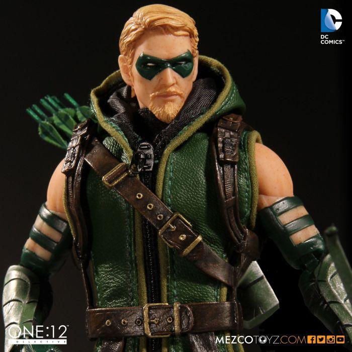 MezcoOne12-Collective-Green-Arrow-005
