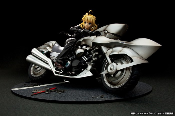 Saber & Saber Motored Cuirassier Fate ZERO GSC rerelease 10