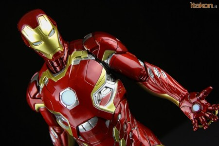 Iron_Man_Mark_45_Kotobukiya_evi