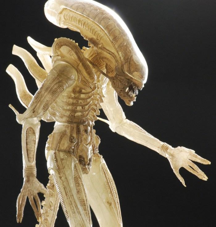 NECA-Quarter-Scale-Concept-Alien-Announced-004