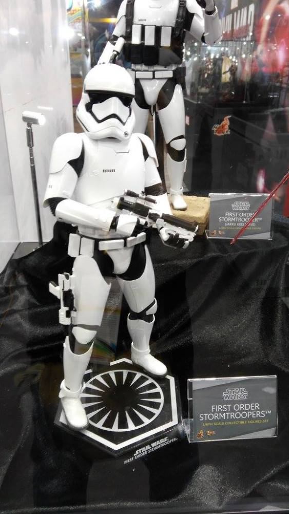 ACGHK-2016-More-Hot-Toys-090