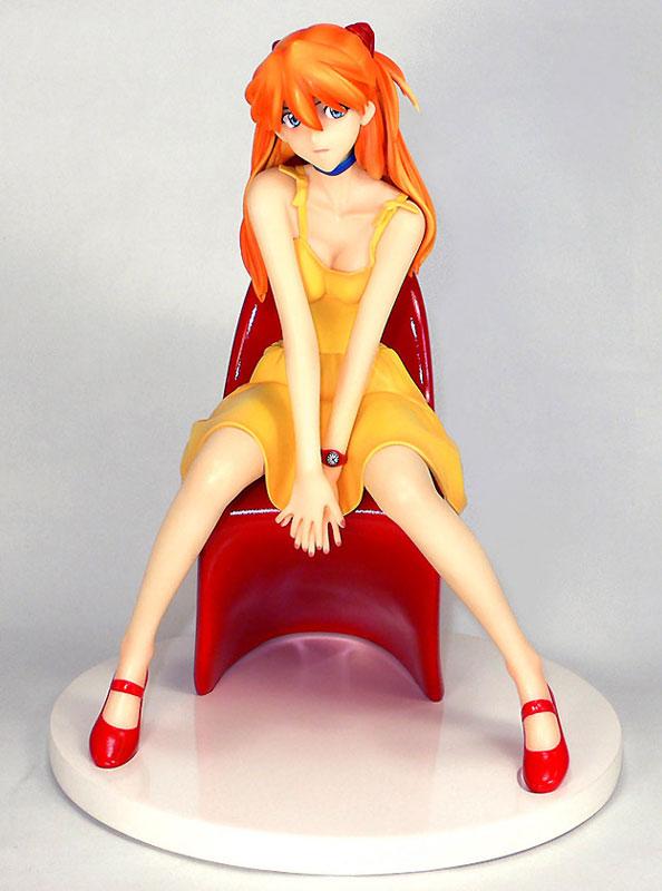 Asuka Yellow Dress Amie Grand rerelease 01