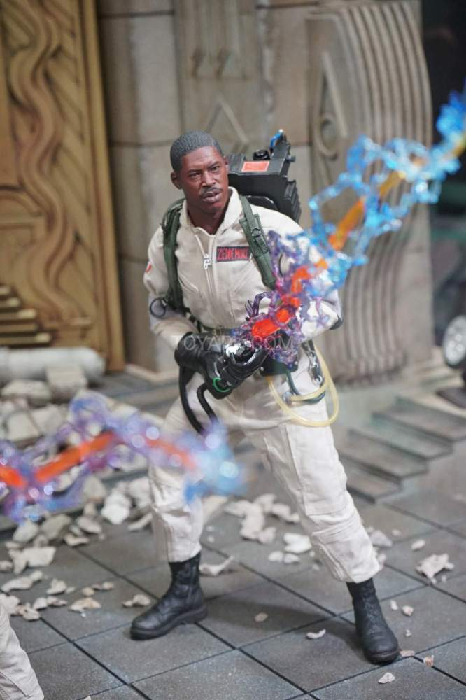 SDCC-2016-Blitzway-12-Inch-Ghostbusters-005