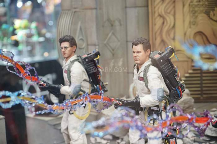 SDCC-2016-Blitzway-12-Inch-Ghostbusters-008