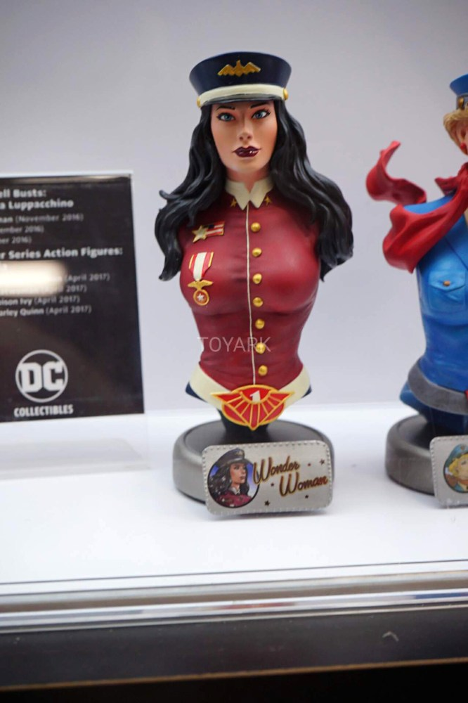 SDCC-2016-DCC-DC-Bombshell-Busts-001