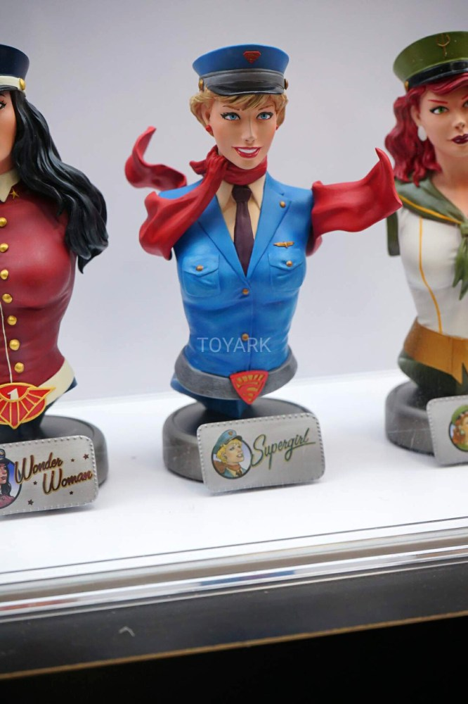 SDCC-2016-DCC-DC-Bombshell-Busts-002