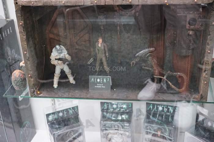 SDCC-2016-NECA-Aliens-012