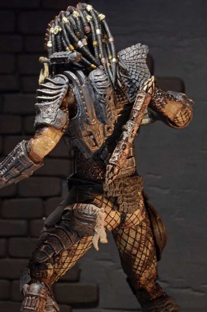 neca-ultimate-city-hunter-predator-010