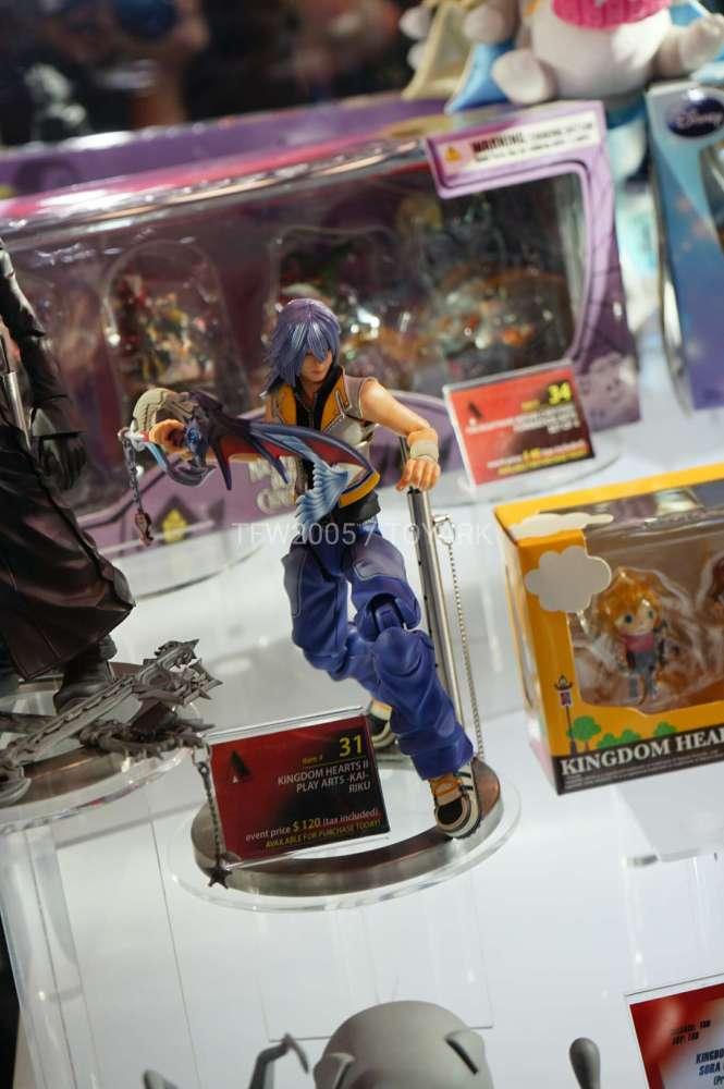 nycc2016-square-video-game-figures-026