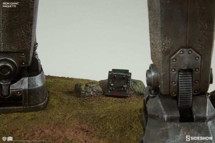 the-iron-giant-maquette-400287-16