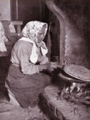 Lady making Piadina