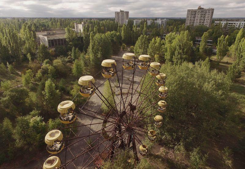 Зона отчуждения Чернобыльской АЭС может возродиться и стать крупнейшим центром солнечной энергетики в Украине. Уже к концу года там обеща