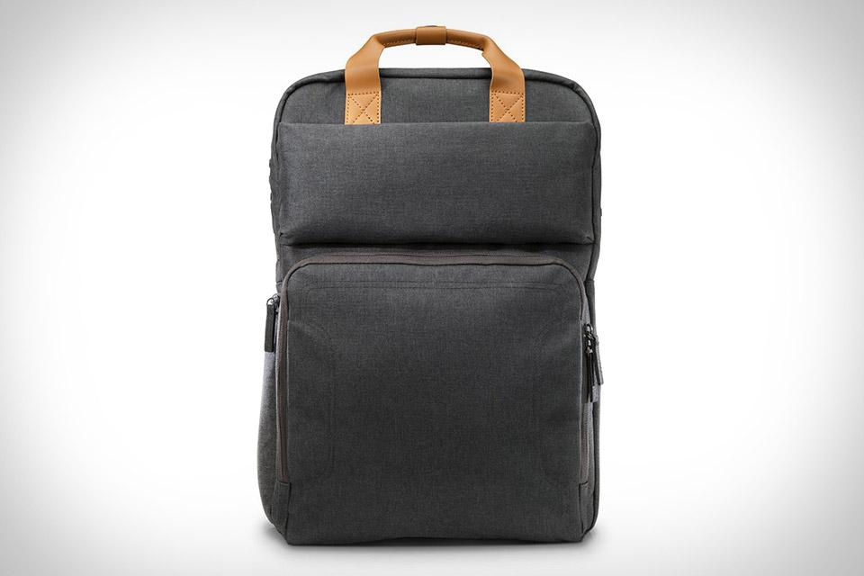 HPпредставила рюкзак Powerup Backpack совстроенной батареей