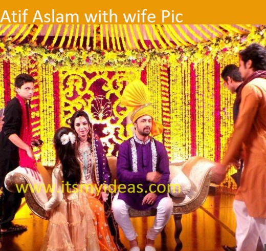 Atif-Aslam-wedding-family-picture