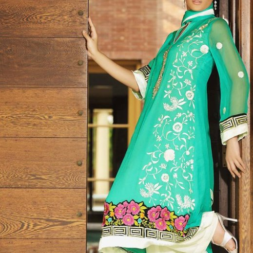 latest-maria-b-summer-lawn-collection-pictures-2013-2014