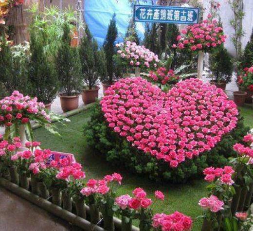 beautiful-heart-paintings-2012